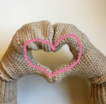 bbnn_mittens_heart