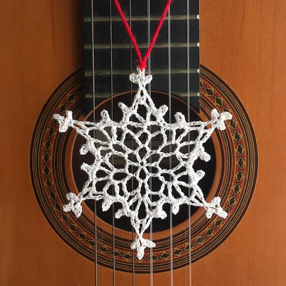 big_snowflake_guitar.JPG